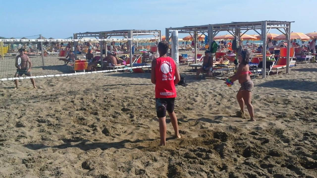 Beach tennis al bagno pineta il video del torneo uisp grosseto - Bagno pineta follonica ...